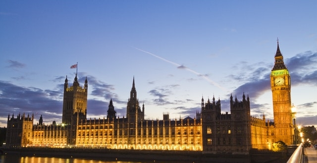 UK government houses of parliament at night